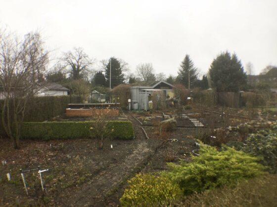 Ein Nutzgarten, in dem jeder Zentimeter zu einem Beet gemacht wurde.