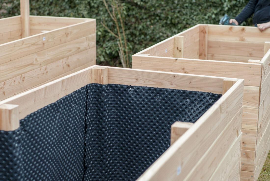 ein hochbeet selbst bauen schritt f r schritt mit vielen bildern erkl rt. Black Bedroom Furniture Sets. Home Design Ideas