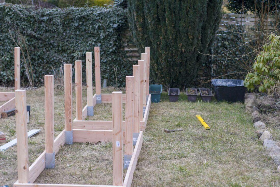 hochbeet bauen kantholz reihe ein st ck arbeit. Black Bedroom Furniture Sets. Home Design Ideas